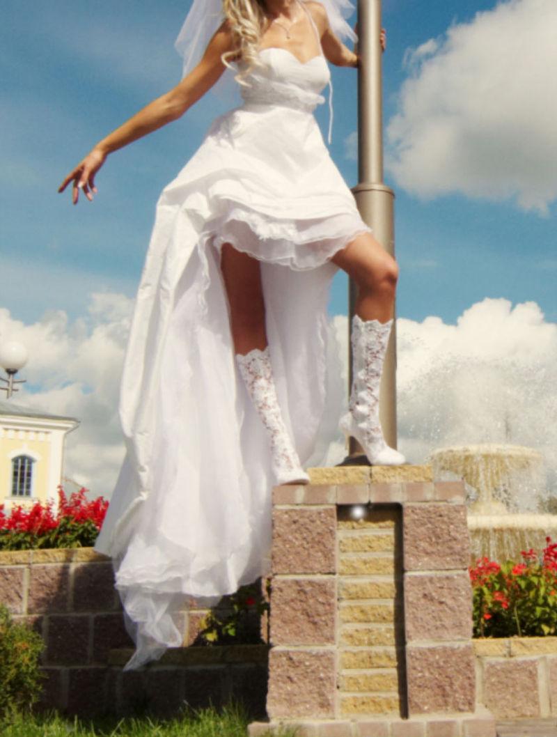 Свадебные Платья Спереди Короткое Сзади Длинное Фото